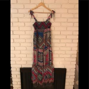 Printed chiffon maxi dress w/ shoulder tie